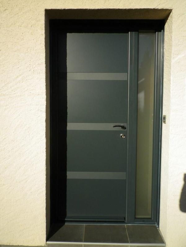 installation et choix de votre porte d entr e au mans. Black Bedroom Furniture Sets. Home Design Ideas